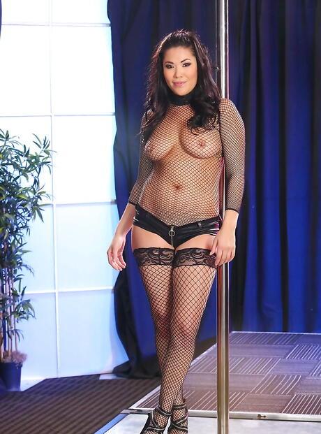 Asian Striptease Pics